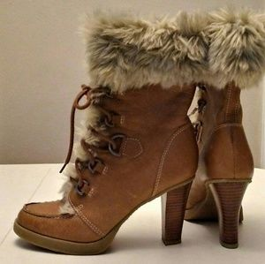 Report fur and leather brown boots